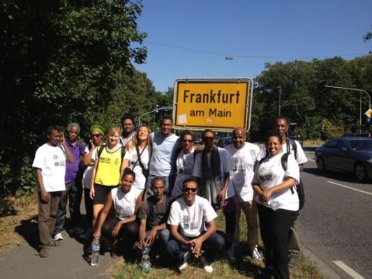 35 Ankunft in Frankfurt am Main